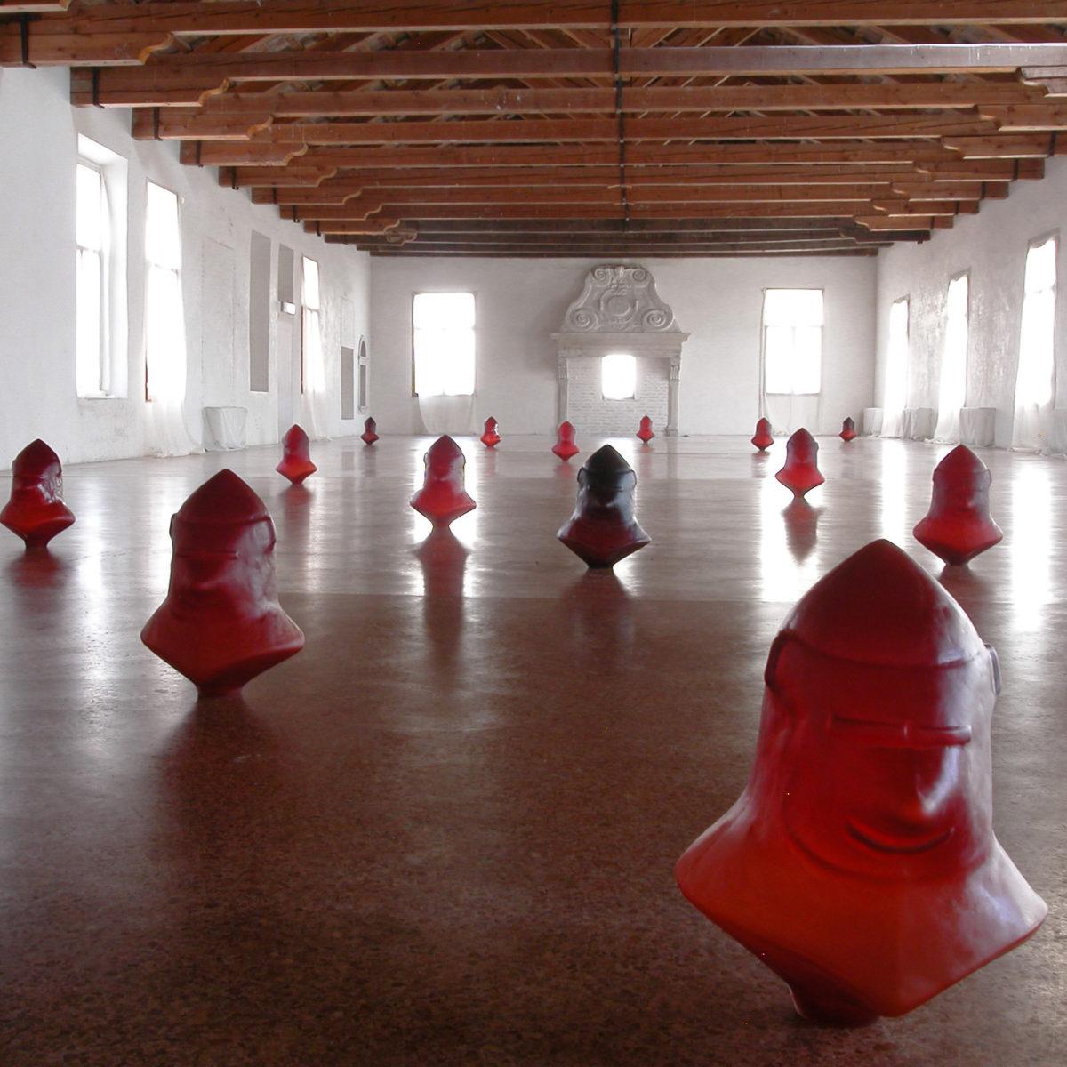 """""""Per Vigilare sulla Peste del Presente"""", testo critico di Maria Livia Brunelli, 2007, ita"""