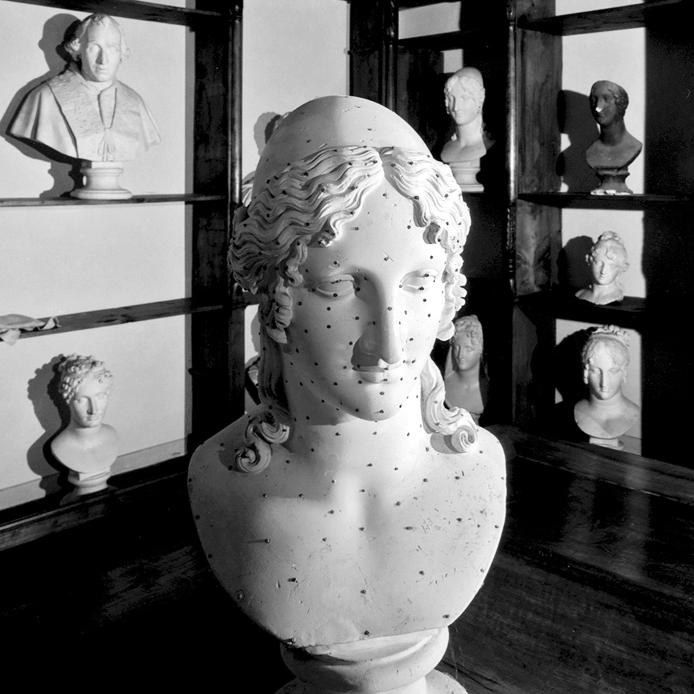 """""""Gipsoteca"""", testo critico di Laura Poletto, 2009, ita"""